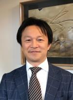 株式会社 リラ・コーポレーション代表取締役 佐藤 孝一